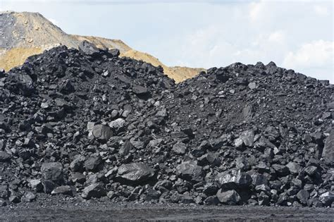 What Are The Disadvantages Of Burning Fossil Fuels