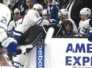 Leafs cough up yet another third-period lead in shootout ...