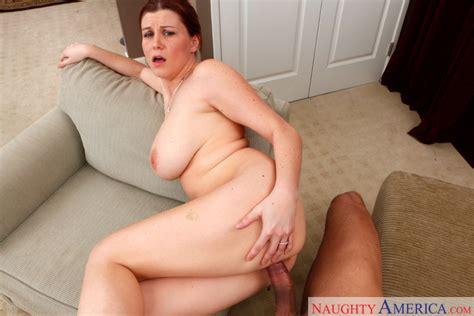 Sara Stone And Karlo Karrera In Housewife 1 On 1 Naughty
