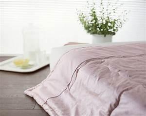 lit futon pour une chambre a coucher de style japonais With tapis couloir avec canapé futon japonais