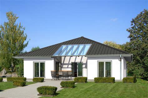 Bungalow Mit Atrium by Meisterst 252 Ck Haus Bungalow Atrium