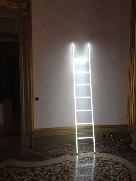 Features Light Decor : Best Neon Light Installations By
