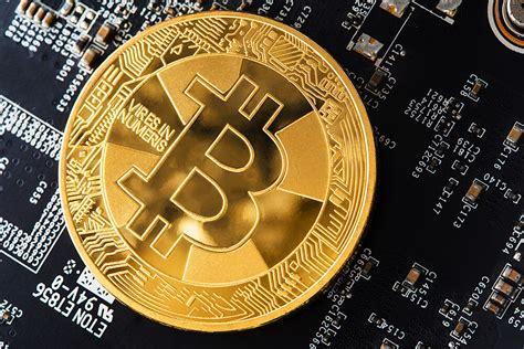How to earn 1000€ of bitcoin per month with a mining rig? Bitcoin-Halbierung 2020 bedeutet der Untergang für alte ...