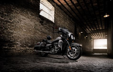 Harley Davidson Wallpaper by 7 Harley Davidson Ultra Limited Hd Wallpapers