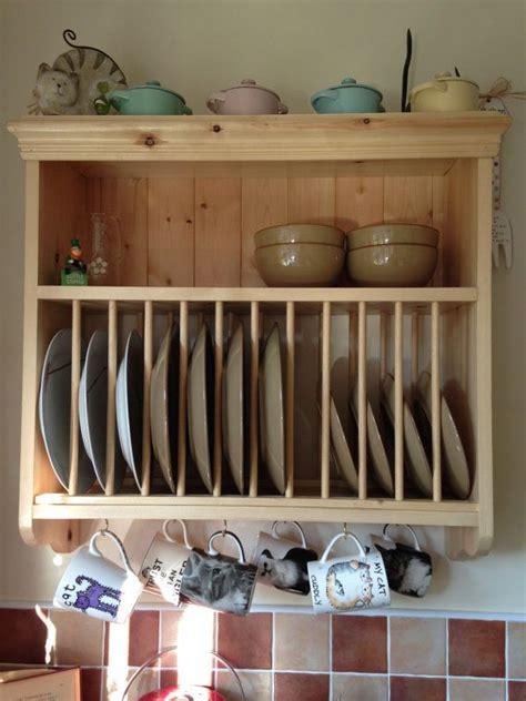 unidad de pared de la cocina de pino solido ganchos  la parrilla de placa  estante