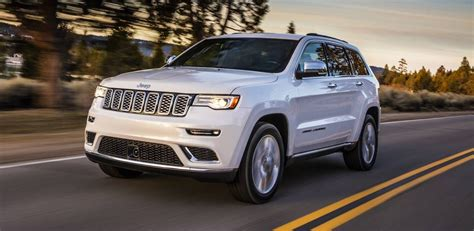 jeep summit price 2017 jeep grand cherokee summit and trailhawk revealed
