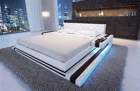 Designer Bett IMPERIAL mit LED Beleuchtung von NATIVO Möbel