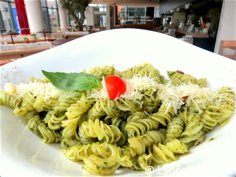 vapiano confluence restaurant lyon r 233 server horaires