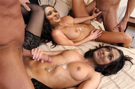 Bella Twins Wwe Naked Xxx Photo