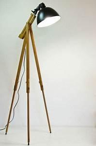 Stehlampe Retro Design : scheinwerfer stehlampe tripod lampe retro design stehleuchte im stil 70 er wishlist ~ Bigdaddyawards.com Haus und Dekorationen