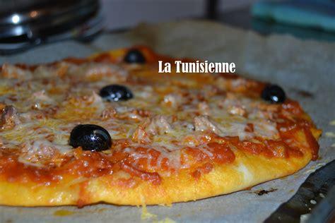 cuisine tunisienne pate au thon pizza au thon à la tunisienne