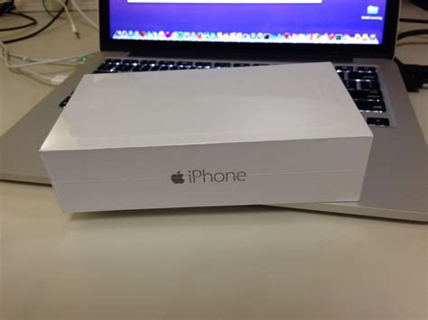 iphone 6 box doug s review of his new iphone 6 plus day