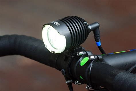 The Best 2017/2018 Front Lights For Cycling