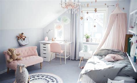 pastel color bedroom     girl feel