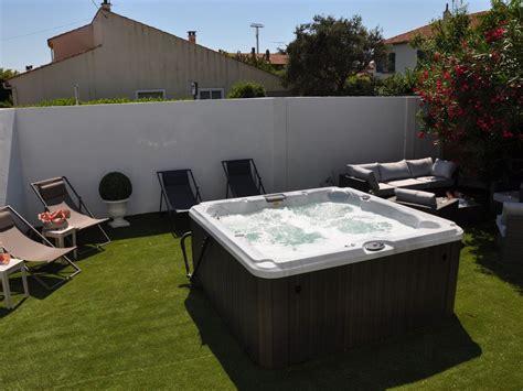 chambre avec jaccuzzi maison centre ville 4 chambres 2 salles de bain jardin