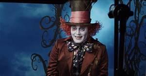 johnny depp dresses up as the mad hatter at disneyland