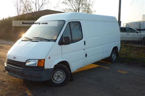 Ford Transit 1993 Box-type Delivery Van Photo And Specs