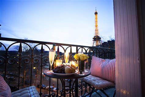 Luxury Apartment In Overlooking The Eiffel Tower by 2 Bedroom Apartment Near Eiffel Tower With A C