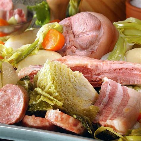 cuisiner du choux blanc recette potée avec jambonneau et petits légumes