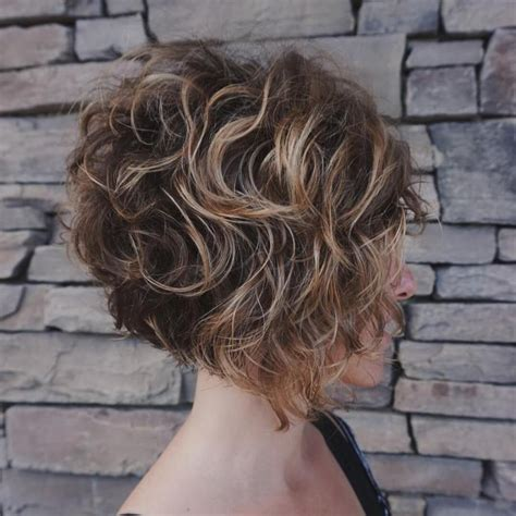 65 Different Versions of Curly Bob Hairstyle Short curly