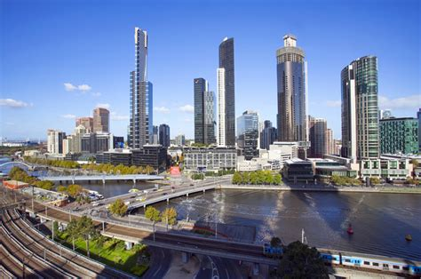 Melbourne Cbd Attractions  Clarion Suites Gateway