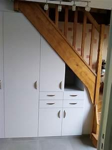 Placard Coulissant Sous Escalier Leroy Merlin : armoire sous escalier simple placard sous escalier with ~ Dailycaller-alerts.com Idées de Décoration