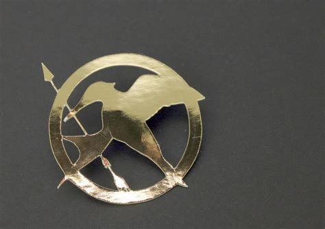how to make hunger diy mockingjay pin with a silhouette machine diys and crafts pinterest mockingjay pin
