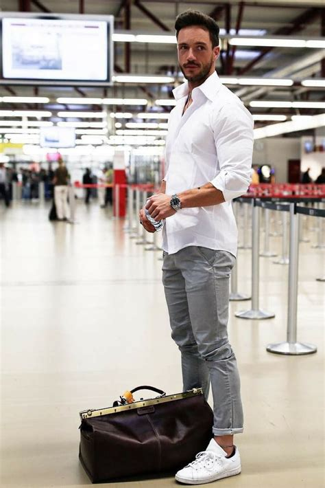 Menu0026#39;s Style u0026 Look 2017 / 2018  Airport Outfit Style For Men. #mens #fashion #style ...
