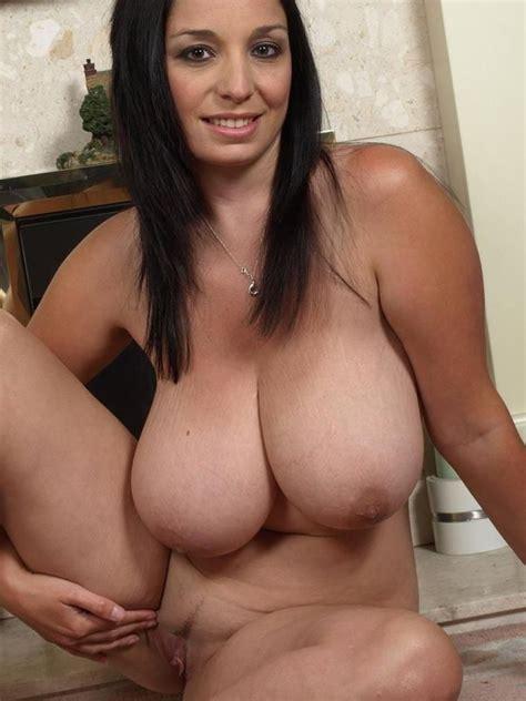 Curvy Big Brunette Boobs Michelle Xxx Pics Fun Hot Pic
