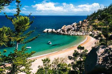 I Saw All The Magnetic Island Beaches   Frugal Frolicker