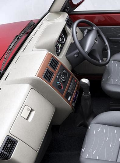 tata sumo gold price specs review pics mileage  india