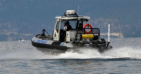 Boat Crash Kelowna by 3 Pulled From Okanagan Lake After Boat Crashes Into