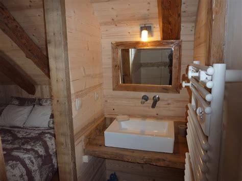 vmc dans une chambre creer une salle de bain dans une chambre maison design