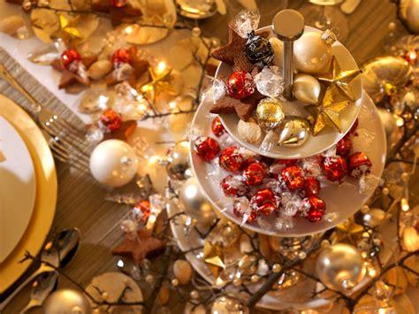 gold christmas table centerpieces christmas centerpieces