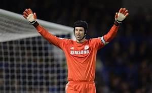 Chelsea Transfer News: Cech Set to Leave Stamford Bridge ...