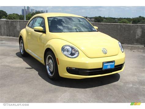 volkswagen beetle yellow 2013 yellow rush volkswagen beetle 2 5l 69461512 photo 4