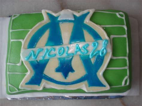 L'olympique de marseille est dignement représenté sur cette création pâtissière colorée et appétissante. Gâteau OM - CupcakesParty à Marseille