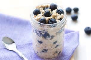 Blueberry Muffin Overnight Oats | Hungry Girl