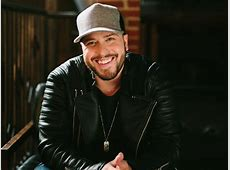 """Exclusive Premiere Listen to Mitchell Tenpenny's """"Alcohol"""