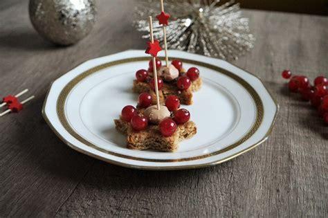 canap駸 au foie gras canapés de foie gras recette apéritive pour noël aux fourneaux