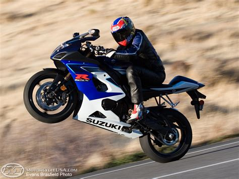 suzuki gsx  comparison motorcycle usa
