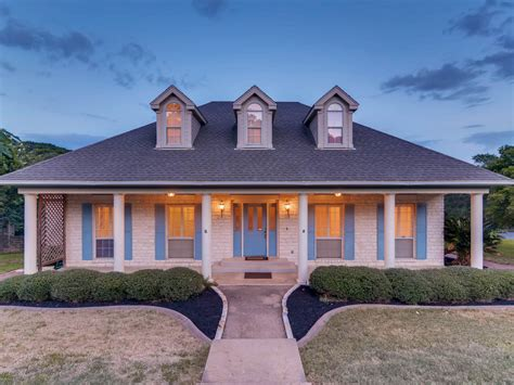 Home Decor Ideas  Southern Living