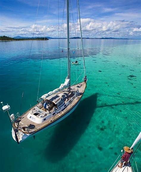 Best Catamaran Sailing Yachts by Best 20 Sailboats Ideas On Pinterest Sailing Boat