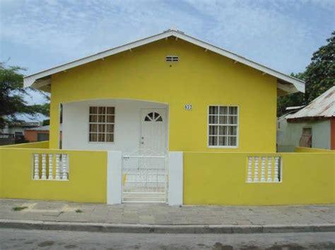 huis te huur op curacao huis muur november 2015
