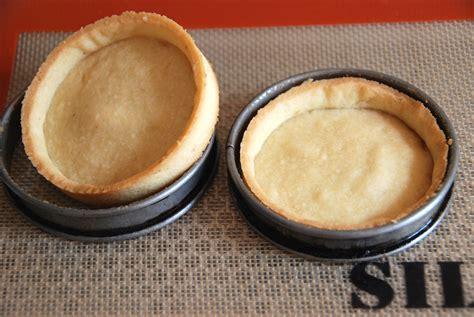 recette pate sucree herme tartelette mousse citron et rhubarbe confite blogs de cuisine