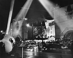 Chinese_Theater_ca1940 - Spotlights | Old Hollywood ...