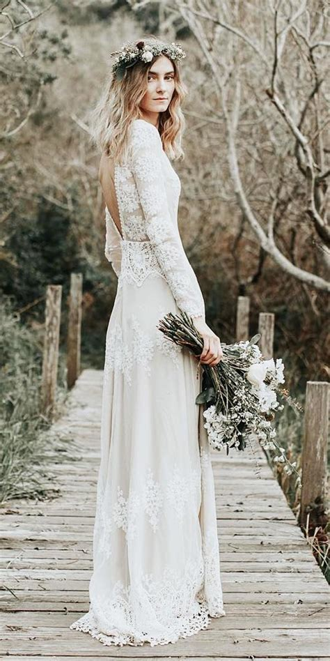 romantic bridal gowns perfect   love story