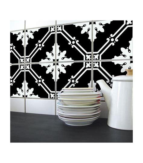 carrelage noir et blanc cuisine stickers pour carrelage de cuisine ou salle e bain en noir