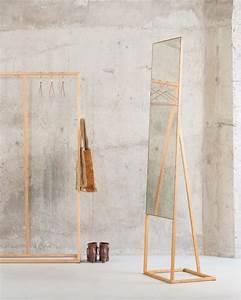 Design Kleiderständer Holz : standspiegel aus holz ~ Michelbontemps.com Haus und Dekorationen
