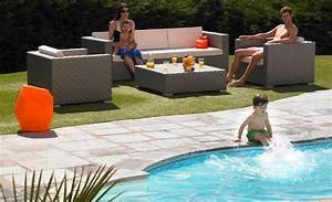 Kosten Swimmingpool Im Garten : desjoyaux pools swimmingpools poolbau ~ Markanthonyermac.com Haus und Dekorationen
